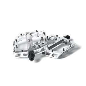 eclat Surge CNC Pedals   1 Pair, 9/16, 17mm Flat, High