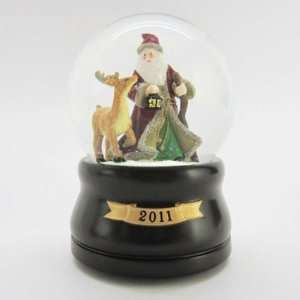 Lodge Santa Snow Globe