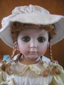 WILLIAM TUNG 24 COLLECTIBLE PORCELAIN DOLL SCULPTURE