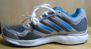 Adidas Women Ozweego W Running Shoes/Sneakers 7.5, New without box