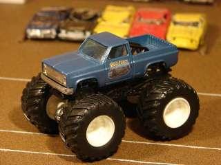 Custom Monster Jam Truck Bear Foot Vintage 1983 Chevy 1/64