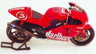 12 Max Biaggi MotoGP 2002 Yamaha w/ FULL LIVERY