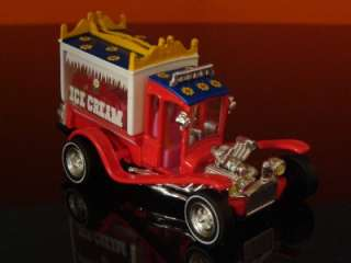 George Barris ICE CREAM TRUCK Show Rod 1/64 Scale Ltd