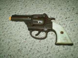 VINTAGE 1940s GENE AUTRY KENTON TOYS CAP GUN
