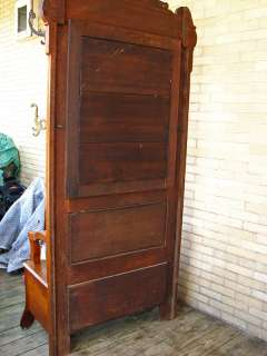 GOOD Antique QUARTER OAK Mirrored Hall Seat or Hall Tree Carved w1597