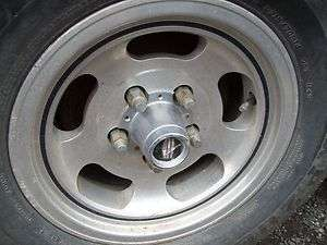 FACTORY ALUMINUM MAG WHEEL ALLOY WITH CENTER CAP RIM 5 LUG FORD