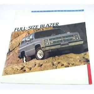 1986 86 CHEVY CHEVROLET 4WD BLAZER Truck BROCHURE K10