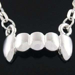 N148A Gothic Punk Little Vampire Fang Teeth Necklace