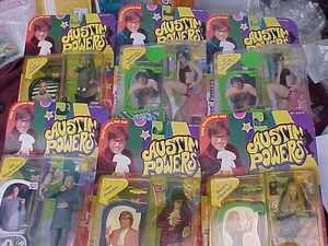 BIG LOT Austin Powers Action Figures MIP Hippy Groovy Minnie Me SPY