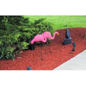 2 Pink Flamingos Lawn Yard Ornament 3 Dimensional