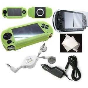 PSP 2000 Deluxe Travel Kit Green Skin 4 in 1 Skin Car/travel Charger