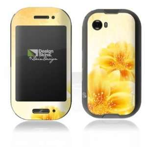 Design Skins for Microsoft Kin Two   Yellow Flowers Design