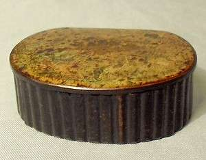 ANTIQUE UNUSUAL WOOD WOODEN SNUFF BOX RIBBED HAND CARVED C. 1850