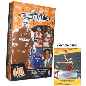 2005/06 Topps Total Basketball HOBBY Box   36P10C : Toys & Games