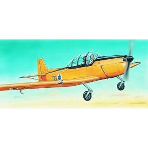 50 Fokker S11 Instructor Aircraft (Plastic Models): Toys & Games