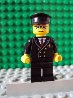Lego Minifig ~ Airplane Pilot Town/City Airport Captain