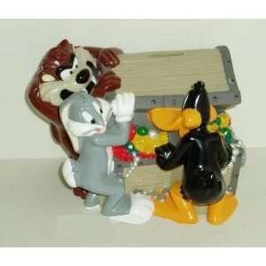 Bros Tazmanian Devil Bugs Bunny & Daffy Duck Treasure Chest Piggy Bank