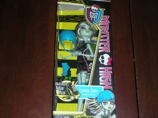 NEW NIB Monster High ROLLER MAZE Frankie Stein Doll IN HAND Ready to